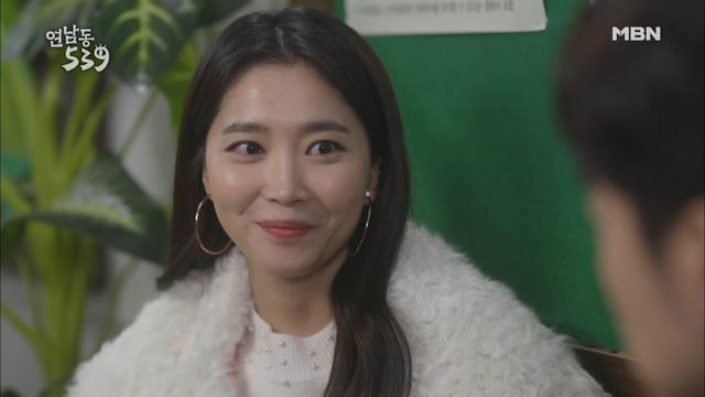 오윤아의 꽃미소..